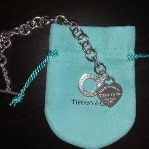 Return to Tiffany & Co. heart toggle bracelet